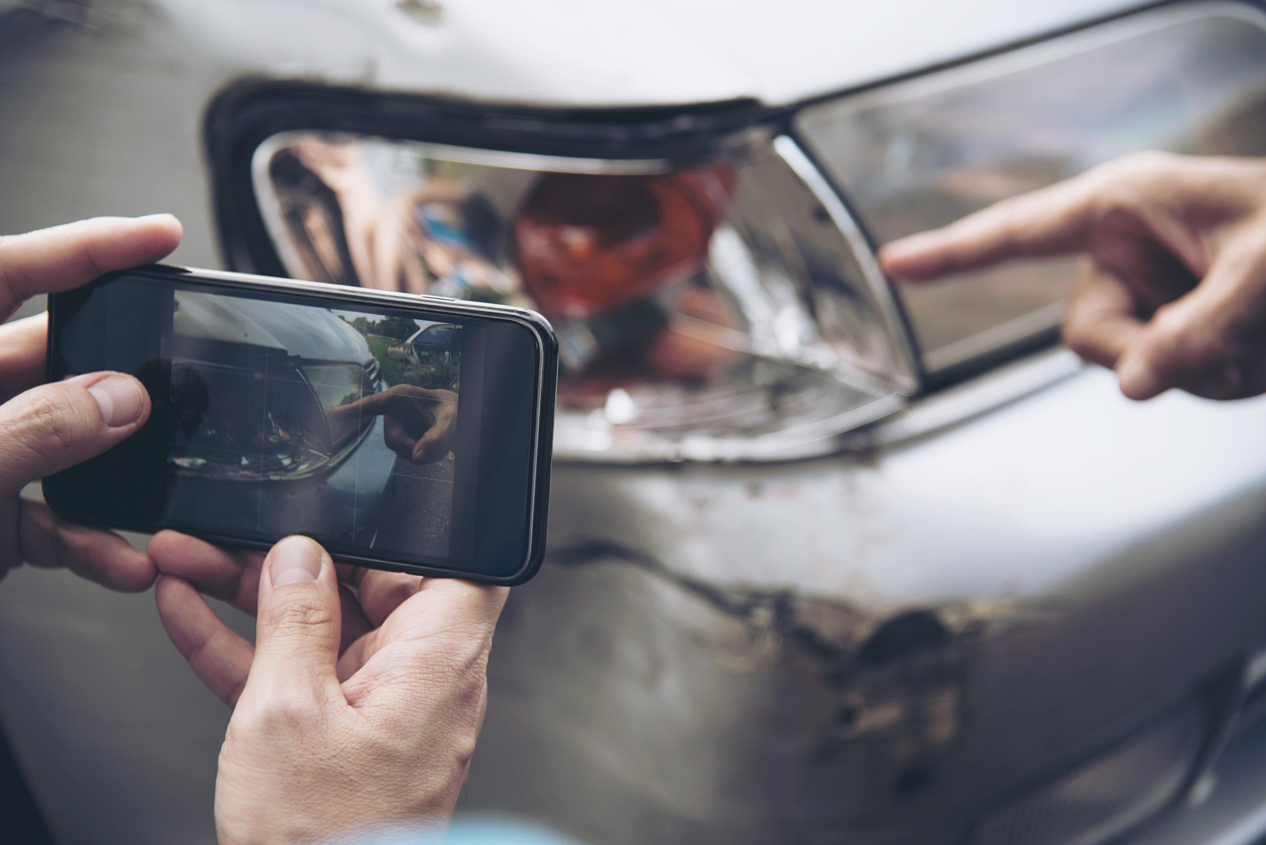¿Por qué es obligatorio el seguro del coche?. Cambio de Nombre Online, expertos en trámites online para tu vehículo.